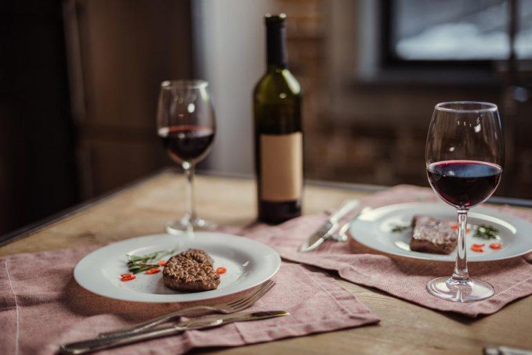 Alimentos afrodisíacos: receitas para um jantar a dois
