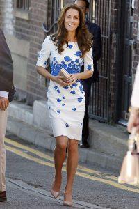 Meia calça no verão: Kate Middleton
