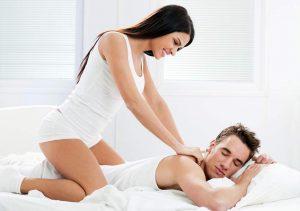 Massagem sensual como preliminar