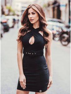 Meia calça modeladora no verão com vestido