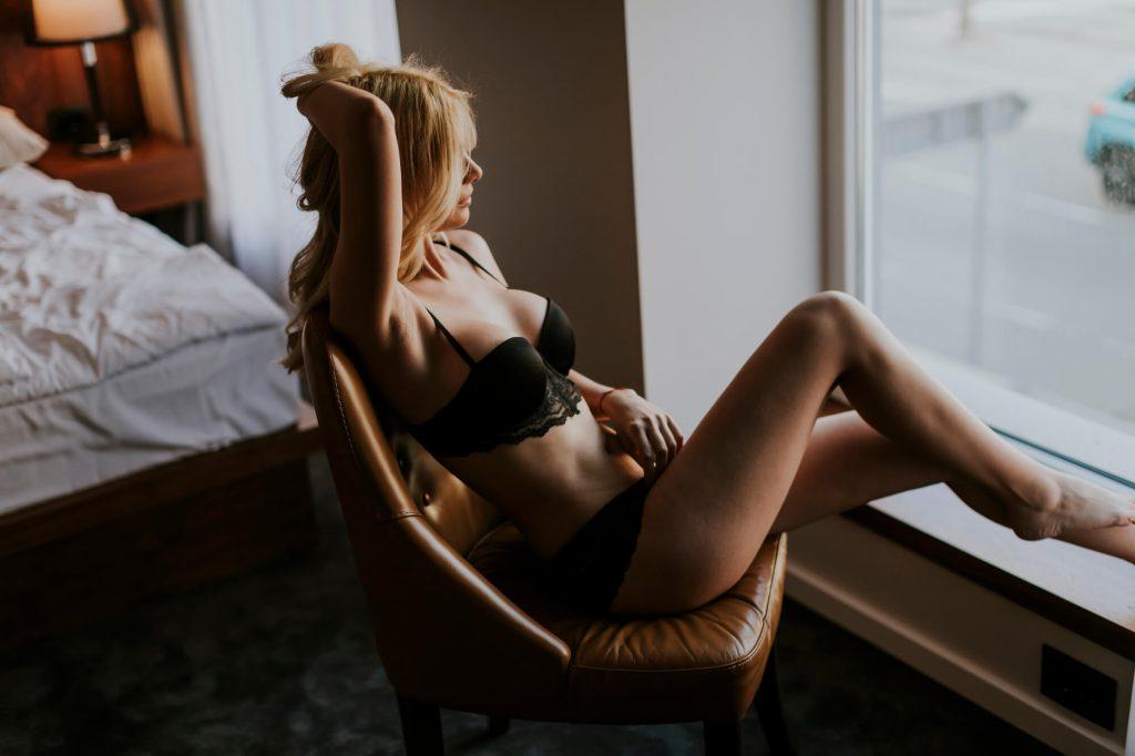 Nude perfeito: luz natural para selfies sensuais
