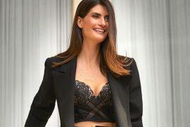 Como usar lingerie com blazer feminino Shoulder