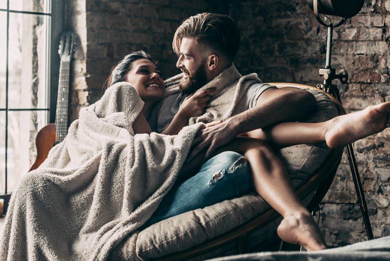 Sexo no inverno: 6 dicas quentes para transar no frio